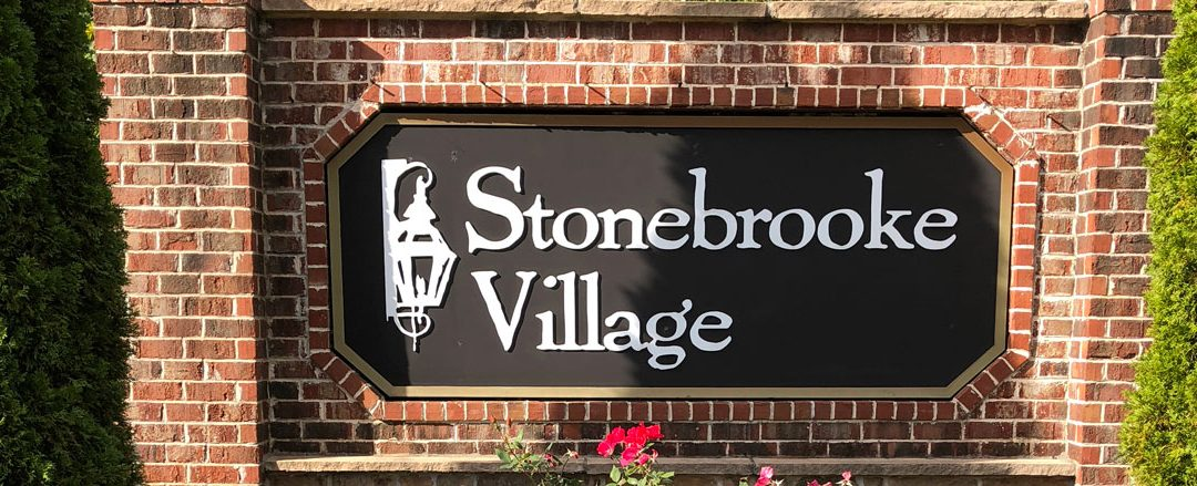 Stonebrooke Village sign